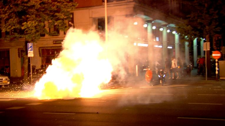 Mitch Henriquez, riots, Hague, Haag, riot, unrest, Aruba, Netherlands